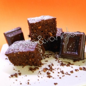 Brownies light con farina integrale e di nocciole