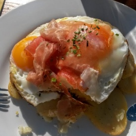 BRUNCH ITALIANO- UOVO CON PATATE E SPECK