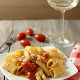 Rigatoni all'amatriciana di gallinella